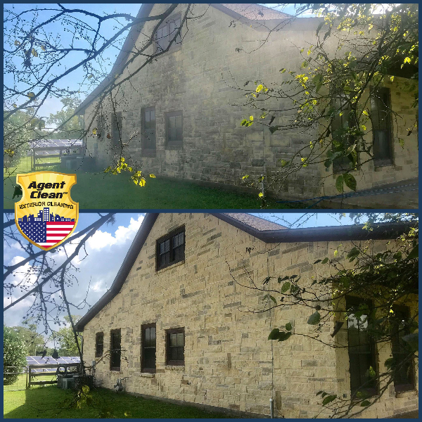 softwashing house cleaning service pressure washing service